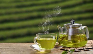Biểu hiện thèm trà xanh là do nghiện hay thói quen?